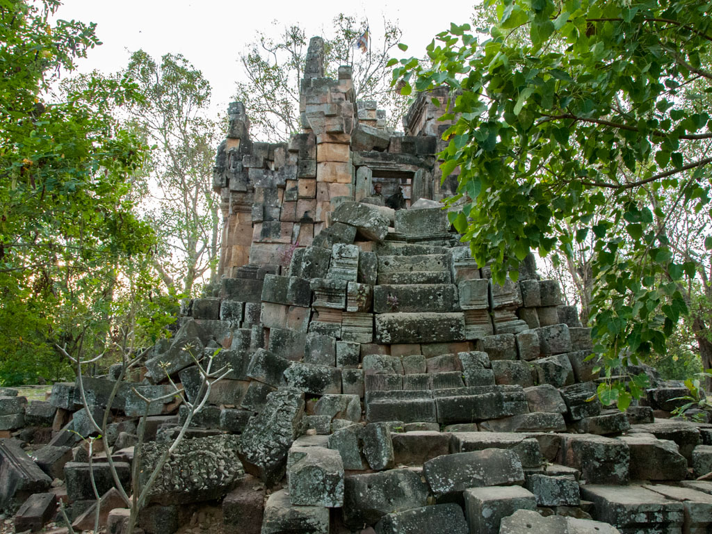 Phnom Ek Temple in ruin
