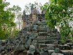 Phnom Ek Temple in ruin