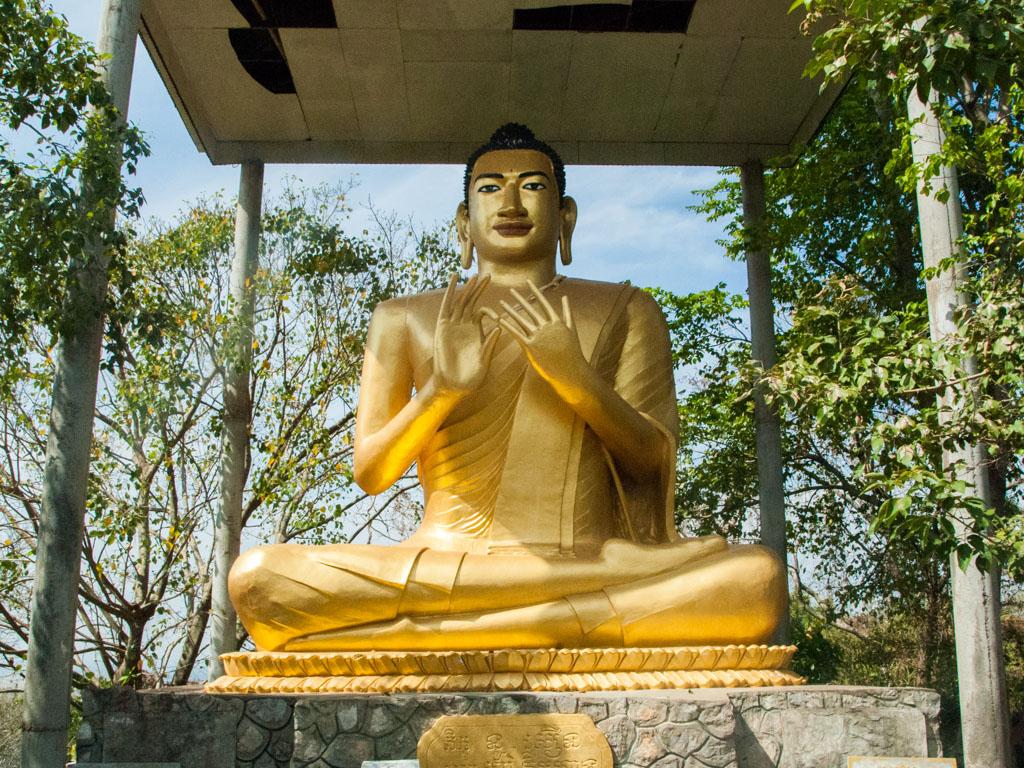 Gold sitting Buddha