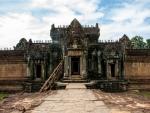 Eastern inner entrance of Banteay Samre