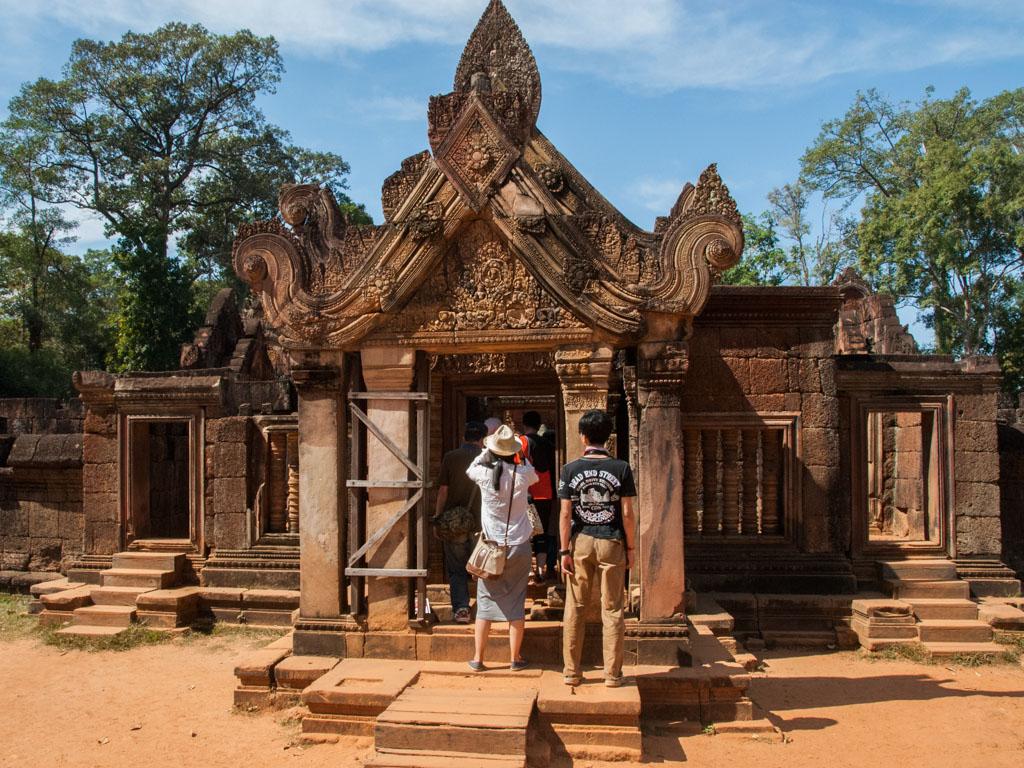 banteay srei angkor siem reap cambodia the jewel of