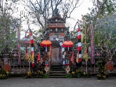 The decorated stage at the Pura Puseh