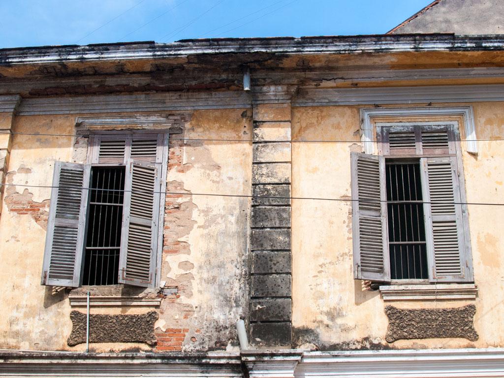 French style shutter windows along Street 119