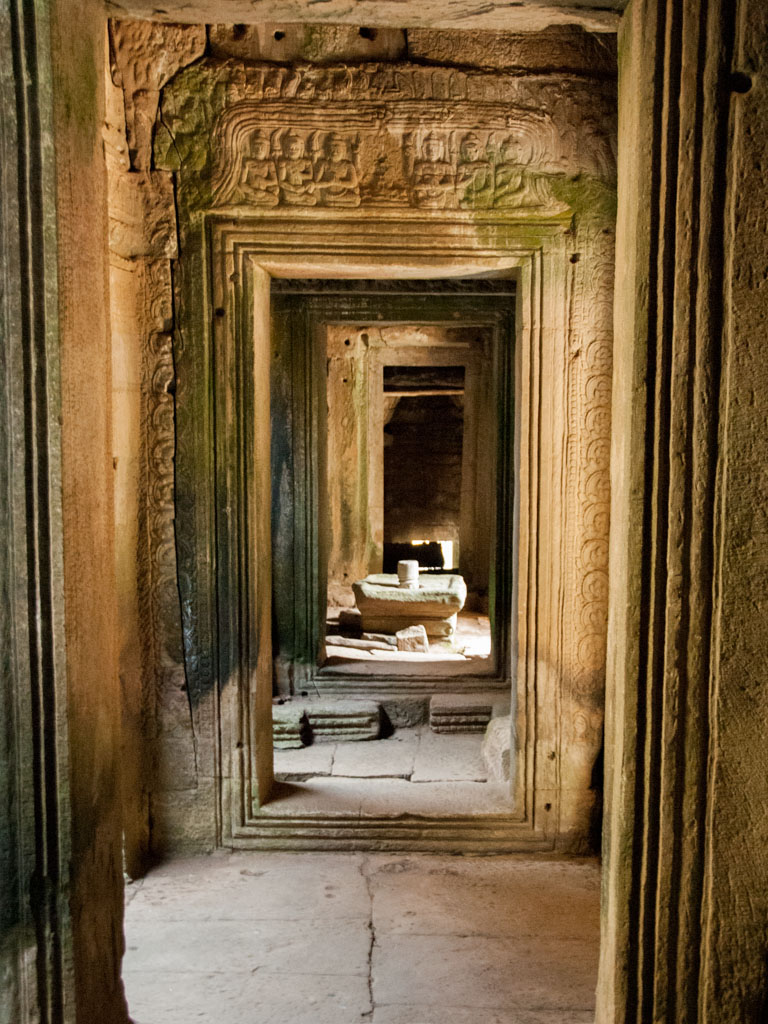 Framed corridors inside Bayon temple