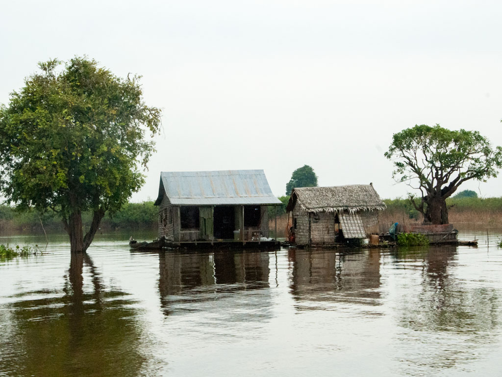 Floating houses on Tonle Sap tributary