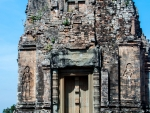One of the three towers of Pre Rup