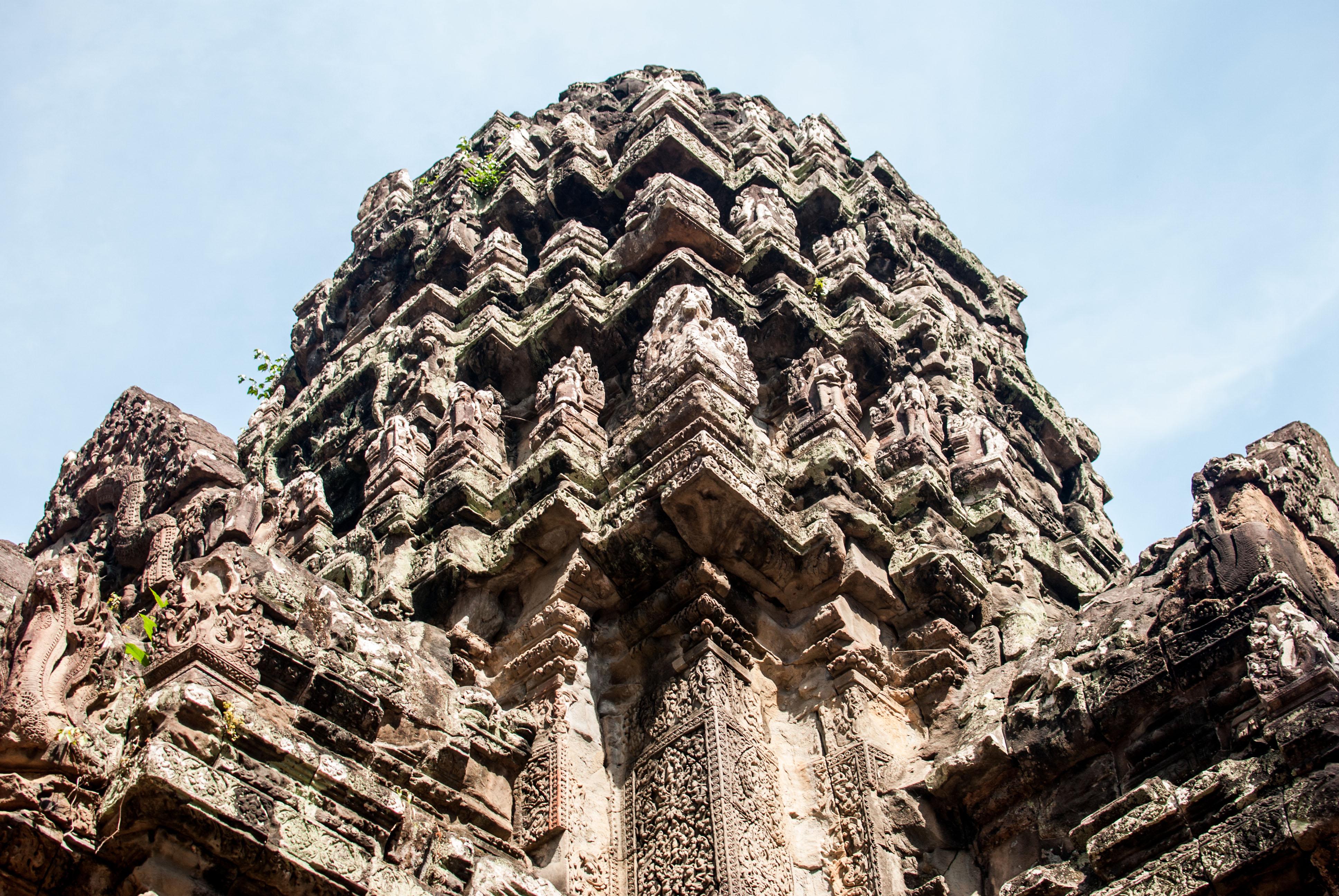 The corn spire on Thommanon Temple