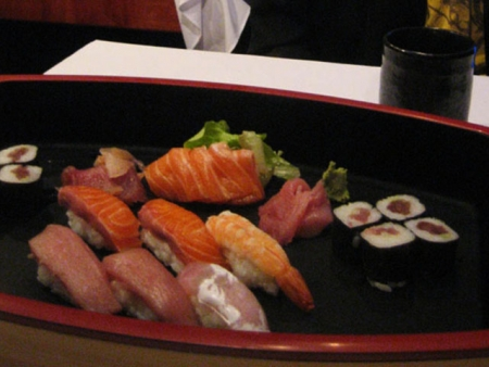 Sushi and sashimi platter for entree