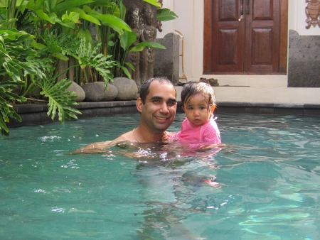 Travis and Farah enjoying the villa's pool