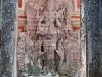 ubud-city-bali-indonesia-ubud-palace-g-hindu-stone-carving-at-one-of-the-ubud-palace-entrances