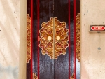 ubud-city-bali-indonesia-ubud-palace-k-intricately-carved-wooden-doors
