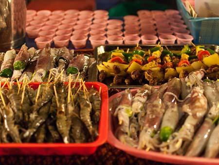 Fresh seafood on skewers