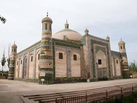 Afaq Khoja Mausoleum, the holiest Muslim site in Xinjiang