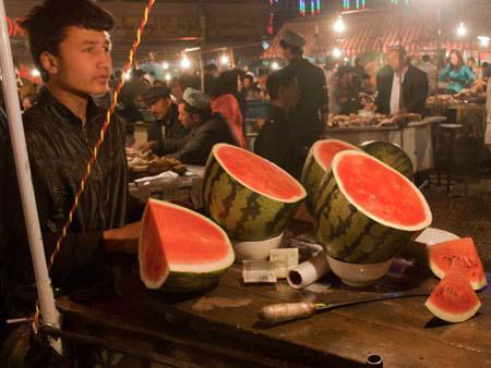 Watermelon slices for a few Yuan each