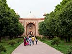 The main gate leading to the entrance of Humayun's Tomb