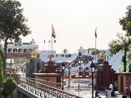 The India-Pakistan Wagah border