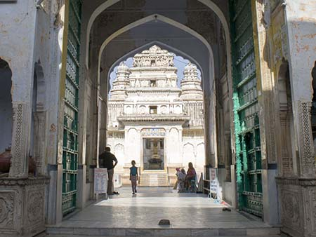 Looking through the main gate towards inner Ram Laxman Temple