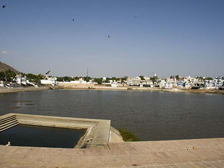 Pushkar Lake and the many Ghats
