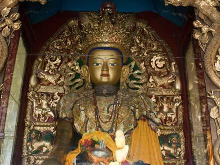Six metre high figure of Sakyamuni, the past Buddha