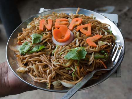 Street-stall chowmein for sixty rupees, delicious