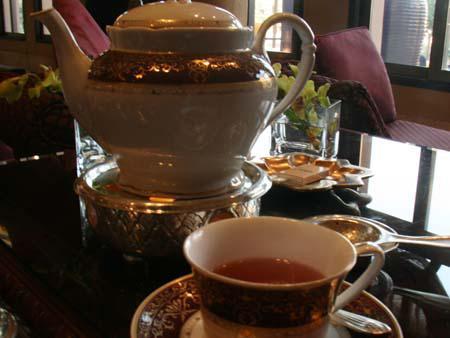 Royal Arabic High Tea  - Teapot
