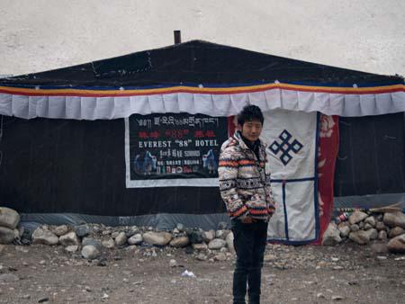 Our guide Demdum in the morning outside our tent Everest 88 Hotel