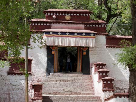 Entrance to the Sera Monastery debating courtyard